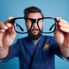 נמאס לכם מהמשקפיים או העדשות? כדאי שתכירו את העסק הבא